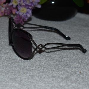 Jessica Simpson Black Oversized Shield Sunglasses
